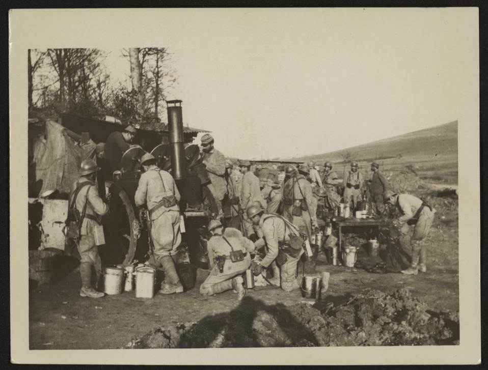 Ravin des cuisines du 27e RI au Bois-Brûlé, 1916. Ets. 2251/587